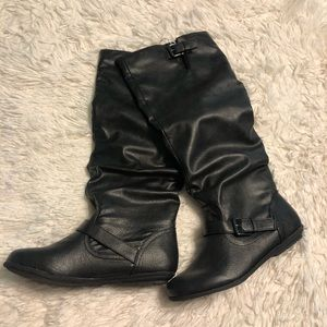 Soda Black Boots